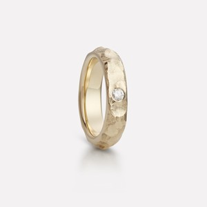 Fjell ring in yellow gold, women`s