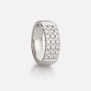 Three-row ring in white gold with diamonds