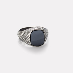 Unisex ring in oxidized silver with hematite gemstone