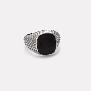 Unisex ring in silver with onyx gemstone