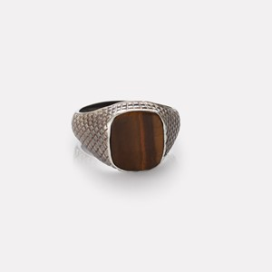 Unisex ring in silver with tiger eye gemstone