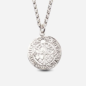 Bergen pier coin in silver with chain