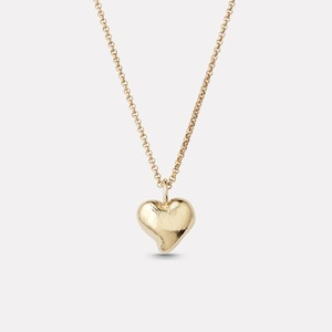 Organic heartpendant in gold plated silver with chain