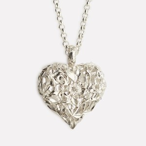 Red clover heart pendant in silver